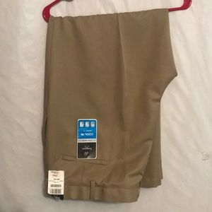 Haggar Pants  Cool 18 Tan | Size: 44W x 29L